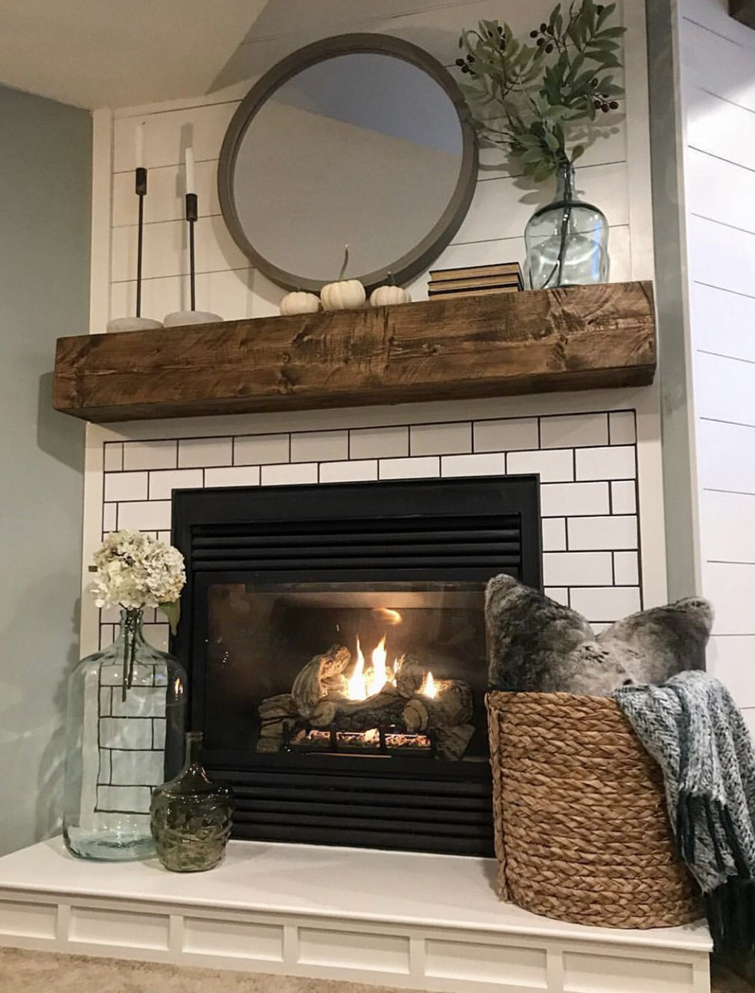 Fireplace Decoration- an Important Element of Home Decor.