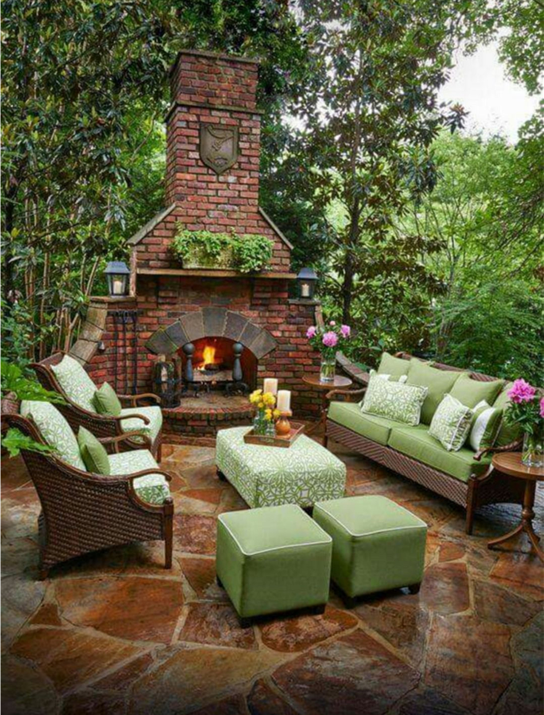 Garden Decoration With Rattan Sofa And Chair for an Elegant Look.